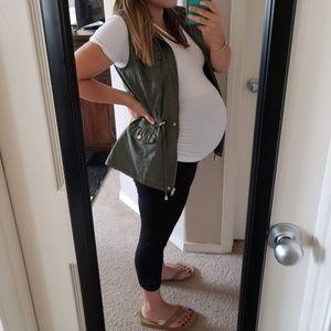 Cropped maternity leggings